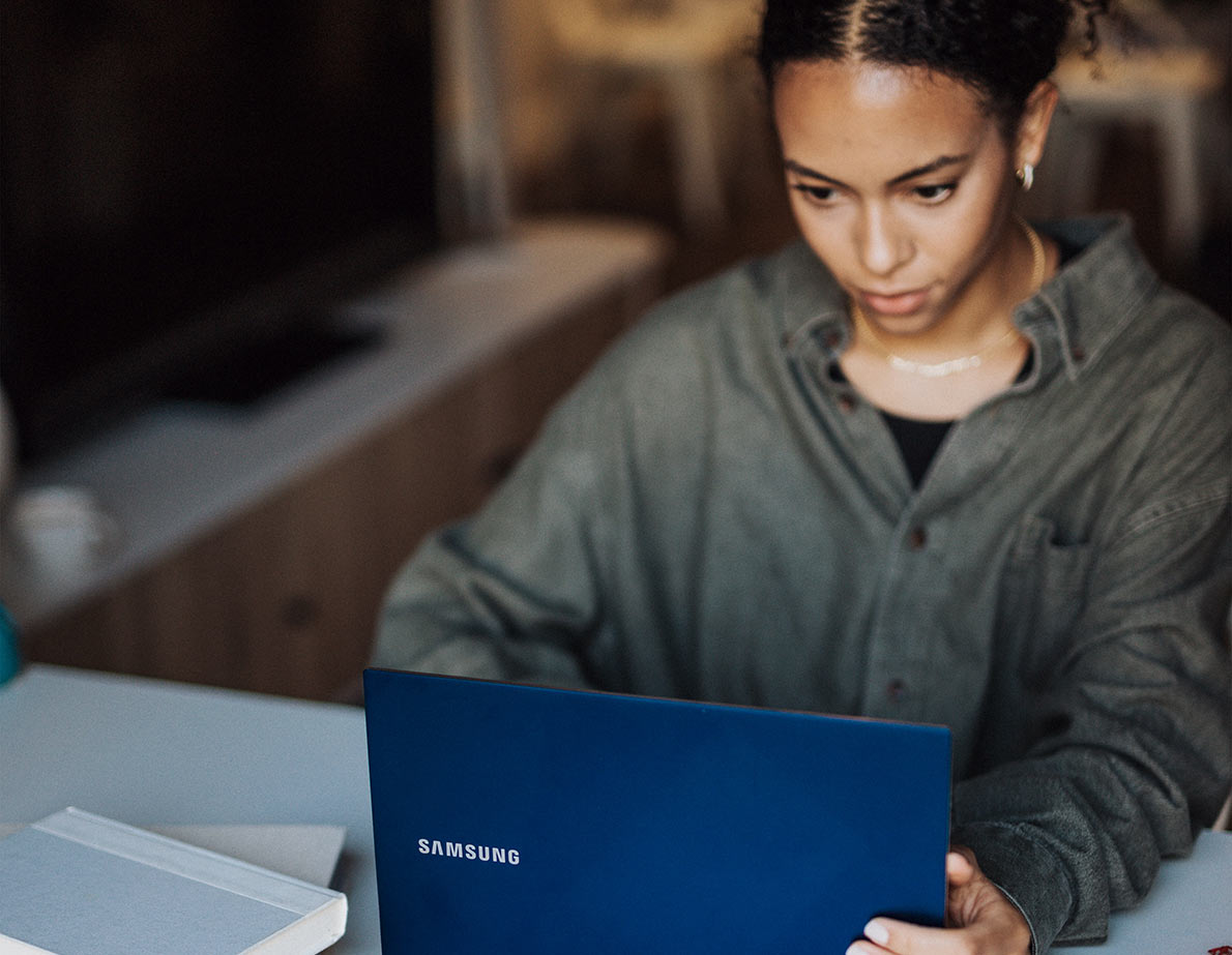 Windows Image of Woman with laptop at desk